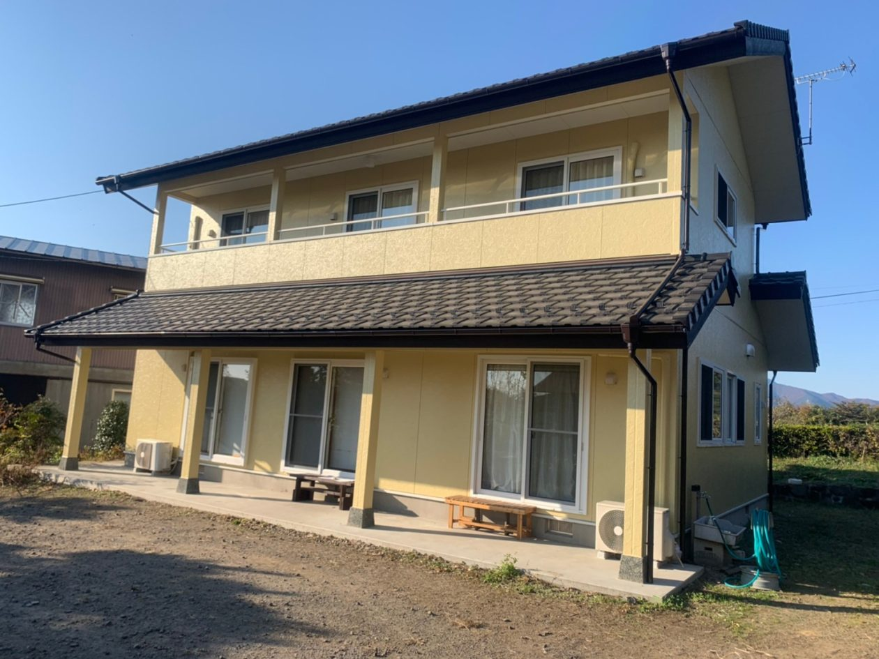 群馬県渋川市/洋風戸建ての外壁塗り替え(オレンジ ラジカル系)