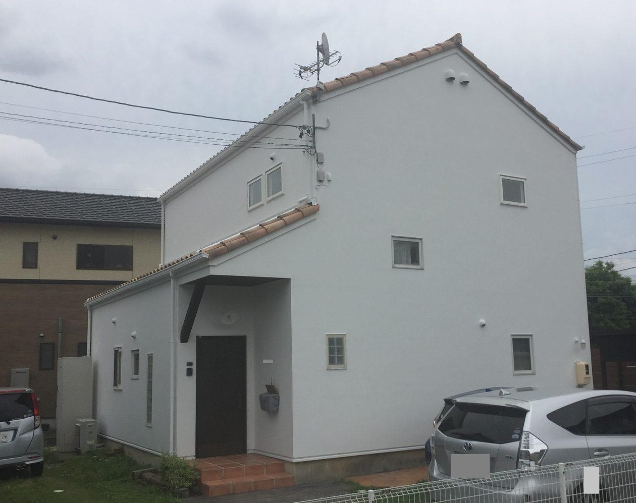 愛知県新城市/洋風戸建ての外壁塗り替え(ホワイト シリコン系)