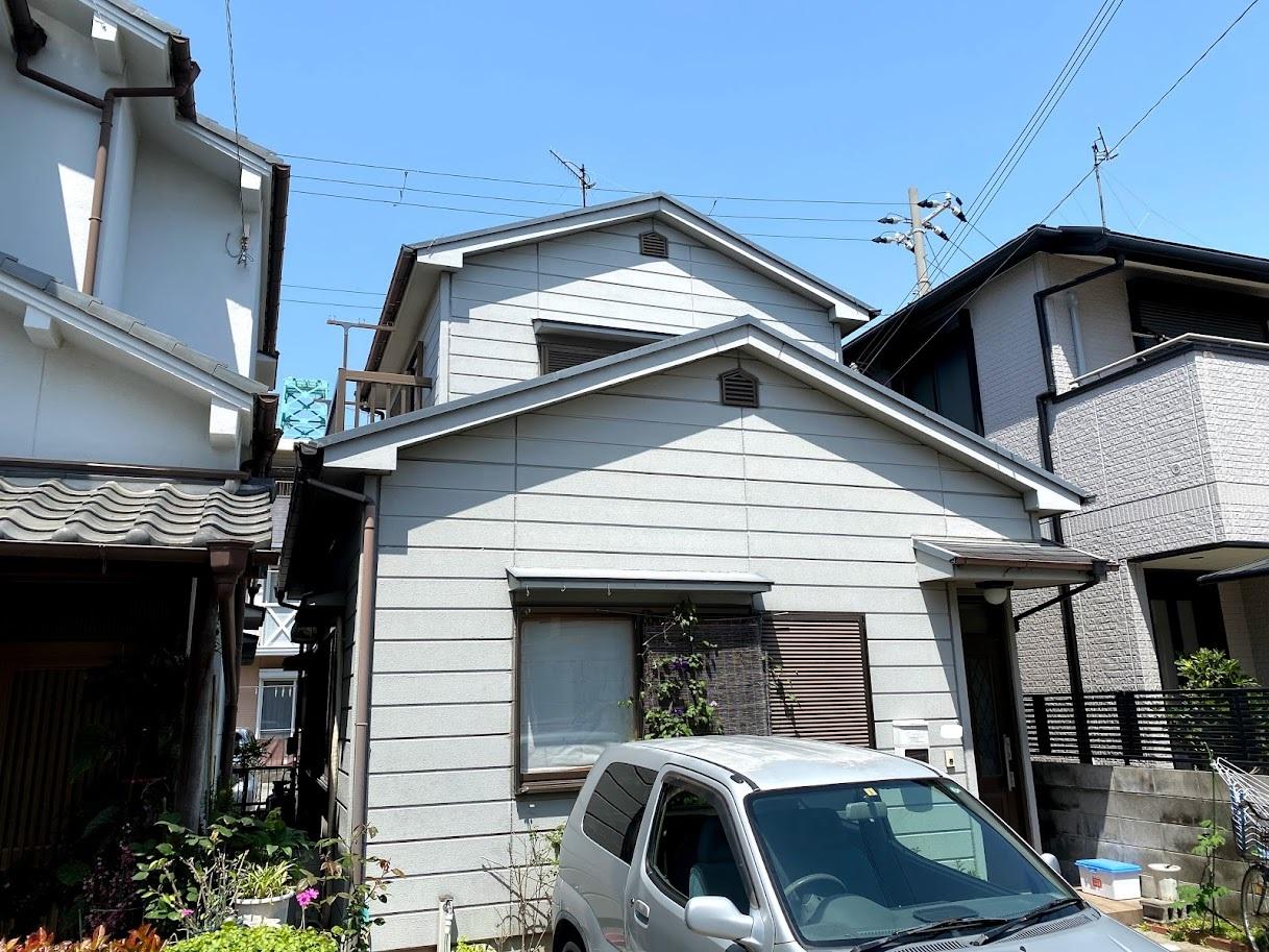 兵庫県神戸市/洋風戸建ての屋根塗り替え(グレー シリコン系)